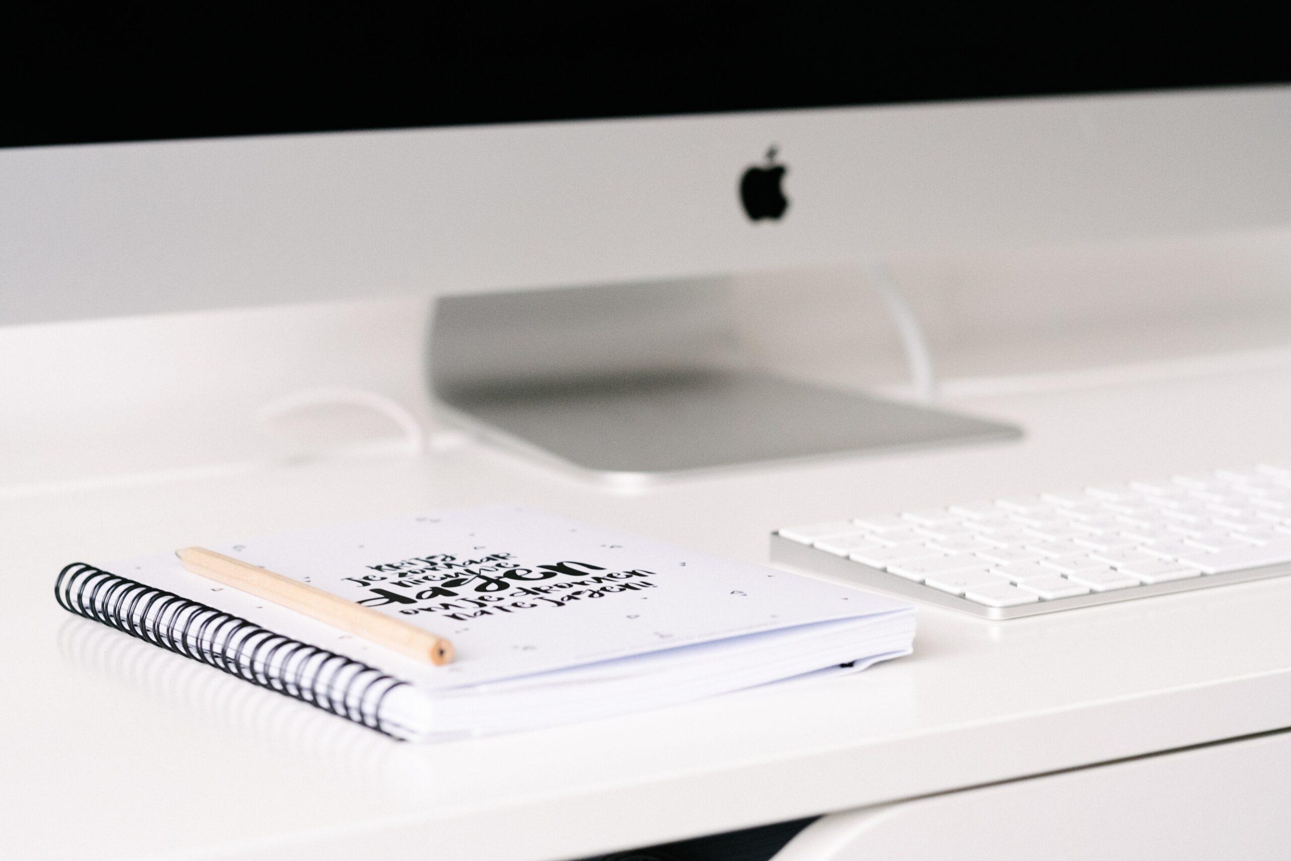 Fifamé's Virtual Desk
